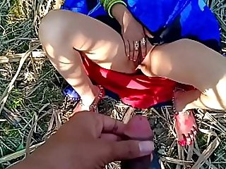 Desi bhabhi public porn outdoor