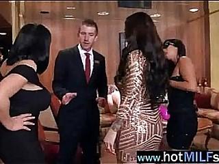 Sex Tape With Big Hard Dick Stud Banging Milf (india summer) movie-13
